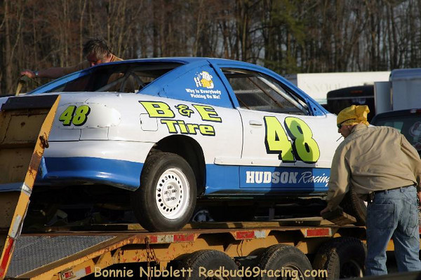 Preview Test-n-tune Redbud' Pit Shots DIS April 4, 2011